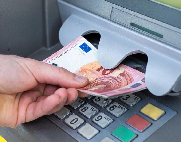 prelievo prelievi bancomat